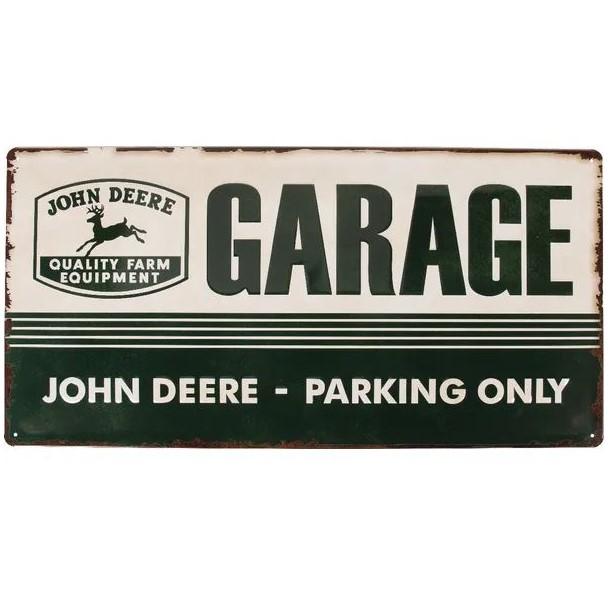 Targa John Deere Parking only